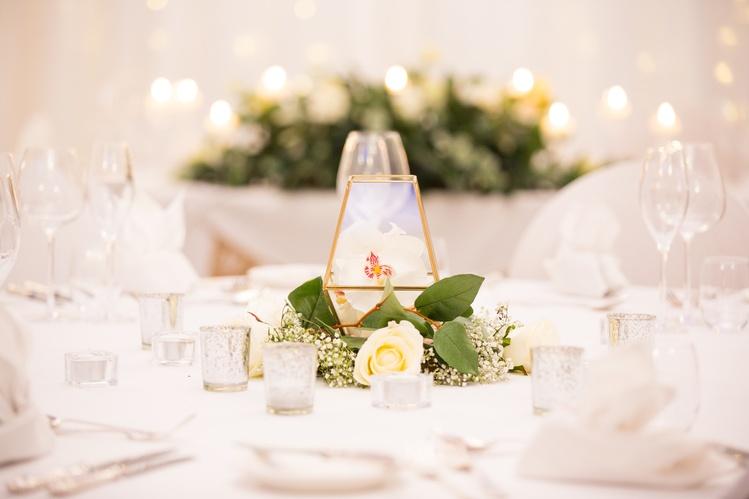Terrarium Geometric Vase with flowers – Wedding Venue Styling- Sophia's Final Touch- Wedding & Event Decoration