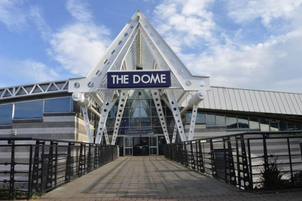 Doncaster Dome- Weddings- South Yorkshire- Venue Styling- Sophias Final Touch