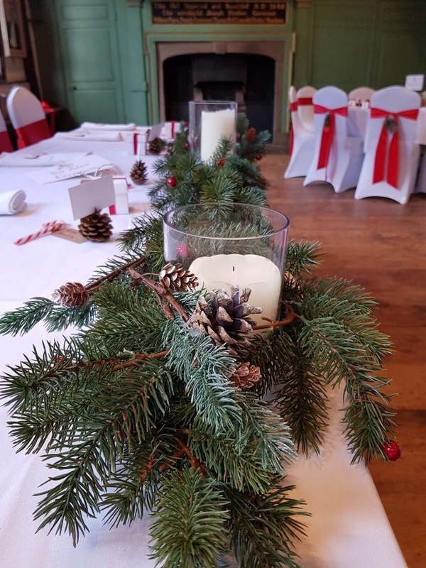 Christmas Top Table Decor - Venue Styling- Sophia's Final Touch
