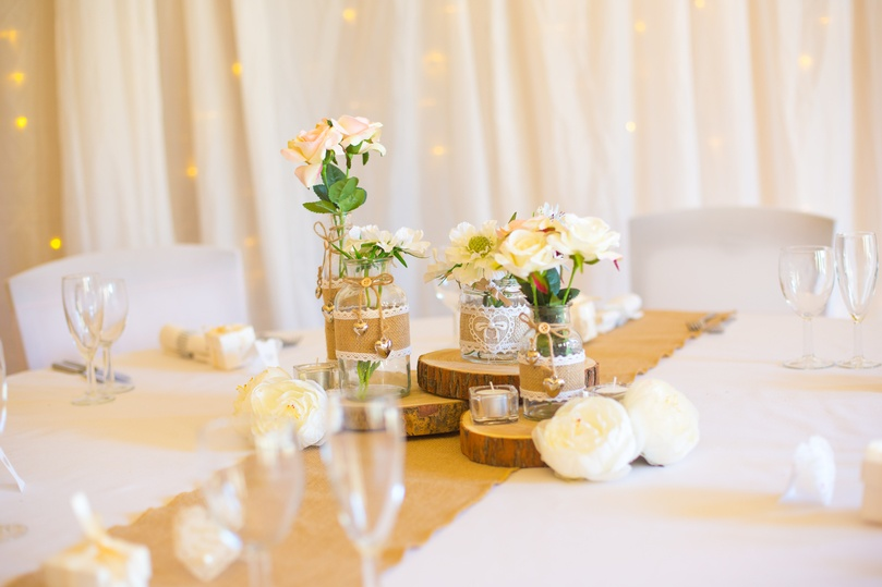 Hessian Jars with Flowers & Runner – Wedding Venue Styling- Sophia's Final Touch- Wedding & Event Decoration