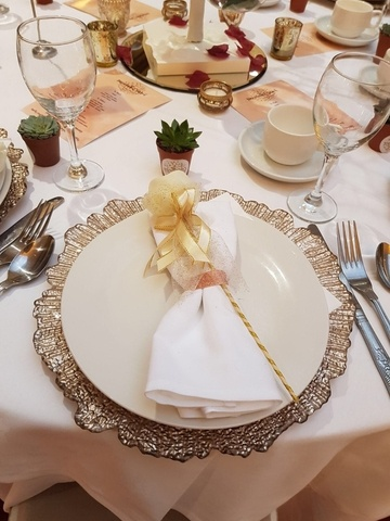 Rose Gold Charger Plates - Wedding Venue Styling- Sophia's Final Touch