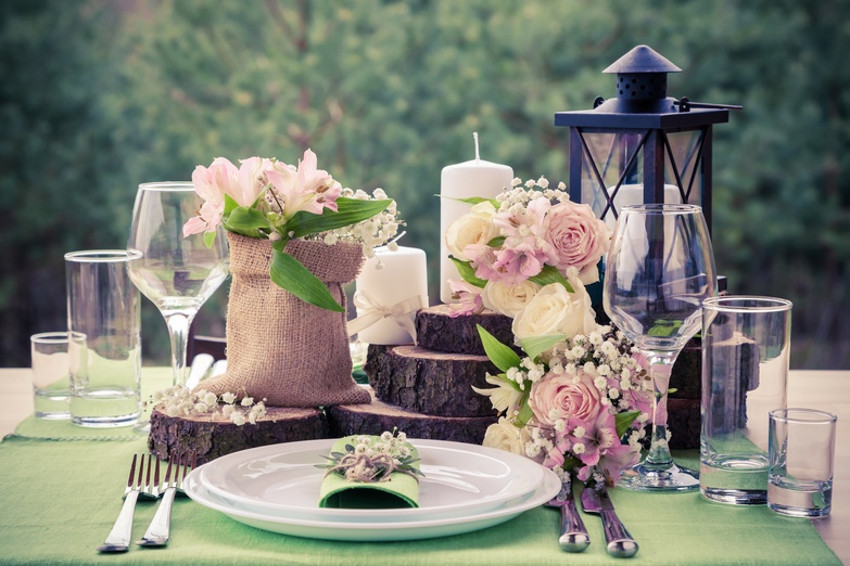 Wedding Table Setting in Rustic Style – Wedding Venue Styling- Sophia's Final Touch- Wedding & Event Decoration